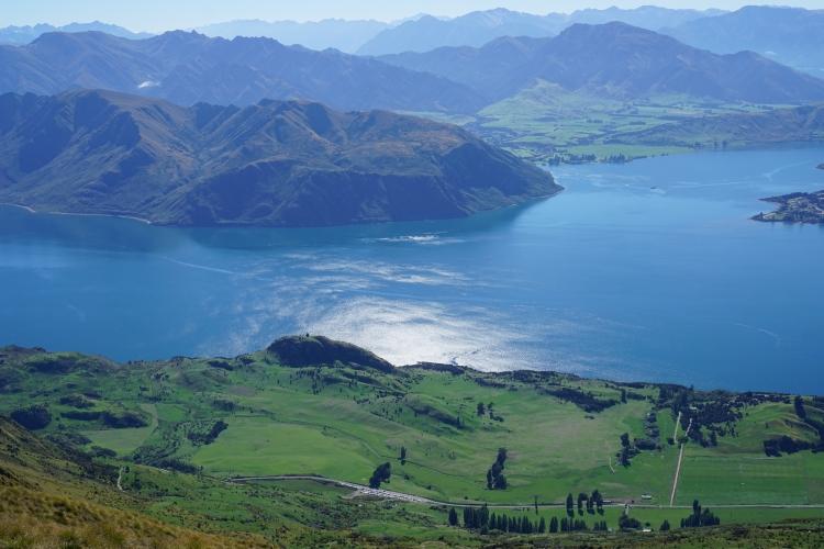 10 Wanaka Mt Roy lake view