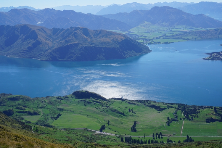 10 Wanaka Mt Roy lake view