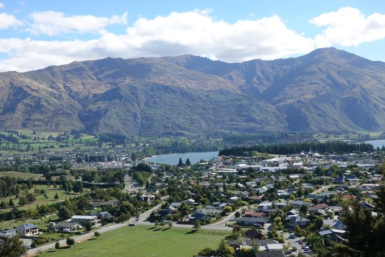 11 Wanaka Mt Iron town view