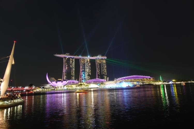 12 Marina Bay Sands Laser show