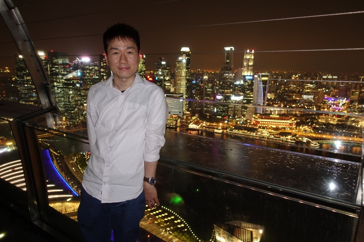 13 Marina Bay Sands Skypark self portrait