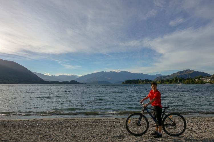 08 Lake Wanaka bicycle self portrait