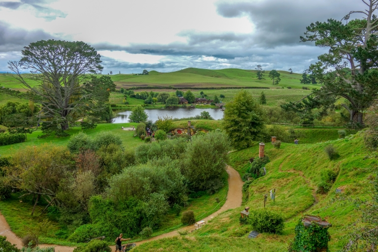 3 Hobbiton view from hills